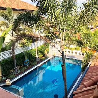 Center Pattaya 5 Bedroom Pool Villa (6).