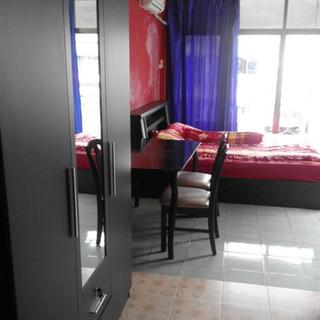 8 Rooms Guesthouse plus restaurant (21).jpg