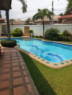 3 Bedroom Pool Villa Jomtien (22).jpg