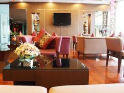 68 Room hotel for rent (5).jpg