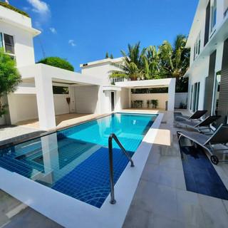 Modern 5 Bedroom Pool Villa in Village for Sale (9).jpg