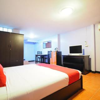 15 Room Guesthouse Jomtien (31).jpg