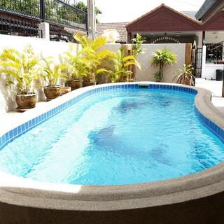 Pool House (3) (Small).jpg