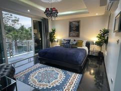 Jomtien 8 bedroom villa in village for sale (7).jpg