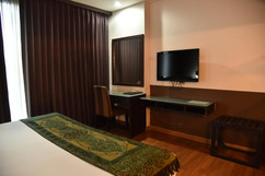 Hotel for sale in Bangkok (6).jpg