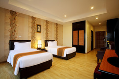 95 Room Hotel Pattaya City for Sale (2).jpg