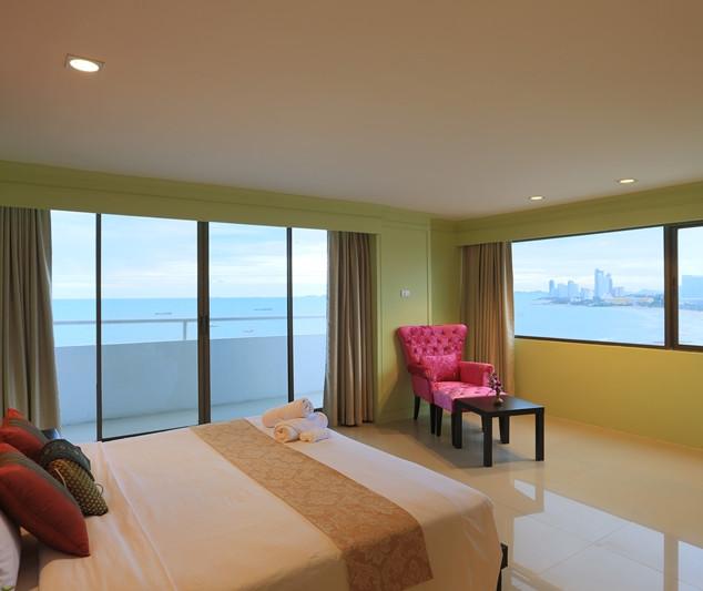 260 rooms (2).jpg