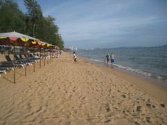Jomtien Beach Front Home (44).JPG