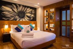 Luxurious Pool Villa (9).jpg