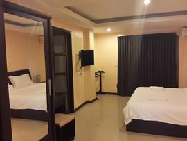 3 Star Hotel (12).jpg
