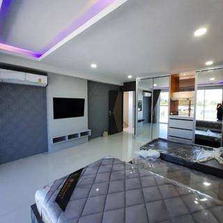 Modern New Pool Villa (15).jpg