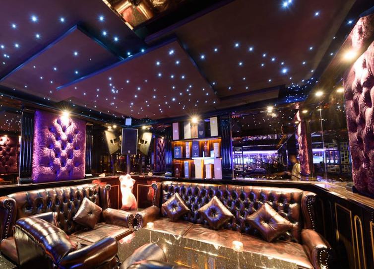 Luxury Private Club (3).jpg