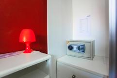 28 Room Hotel (61).jpg