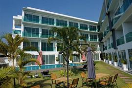 62 Room Resort (46).jpg