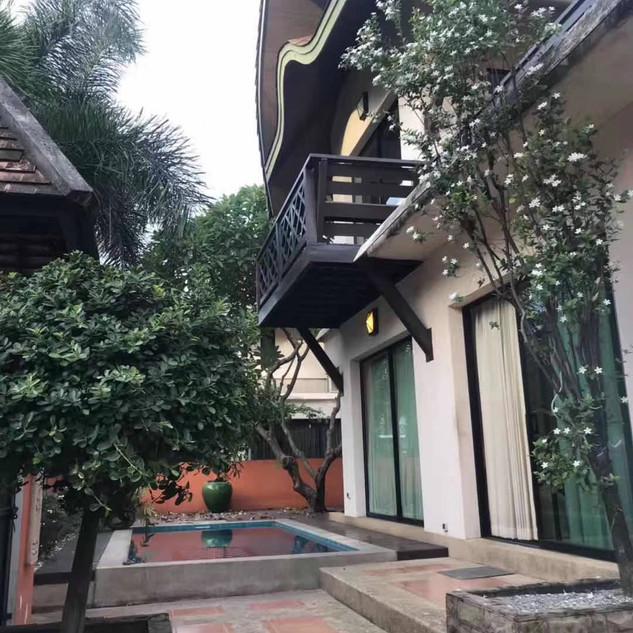 Pool House Pattaya City (1).jpg