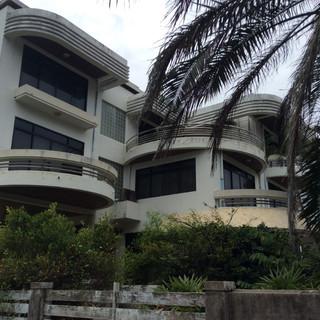 Beach Front House plus plot (5).JPG