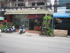 23 Rooms 2 shops rental (33).JPG