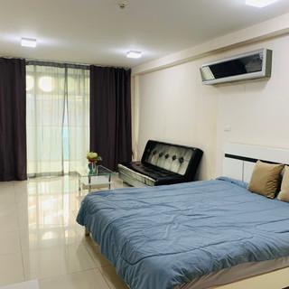 Room Unit 310 (1).jpg