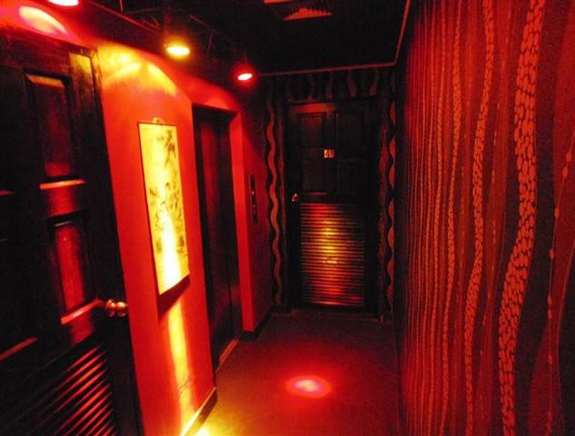 12 Room hotel (26).JPG