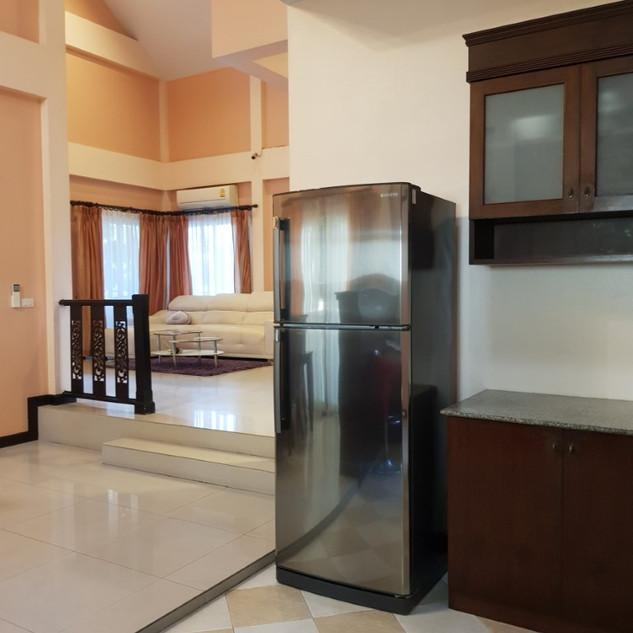 Jomtien 4 Bedrooms Pool Villa Sale (16).