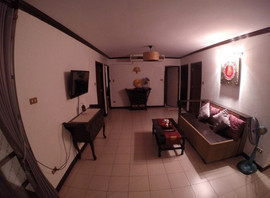 Beautiful 4 bedroom (17).jpg