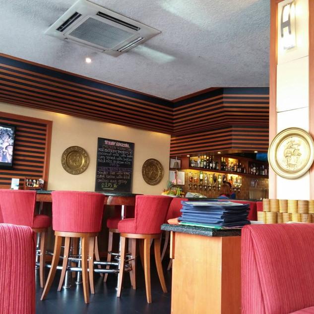 Jomtien Pub Restaurant + 6 Rooms (8).jpg