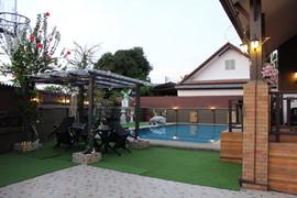 Pattaya East 5 Bedroom Pool House  (6).j