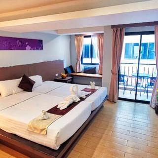 Jomtien 48 Room Hotel for Rent (20).jpg