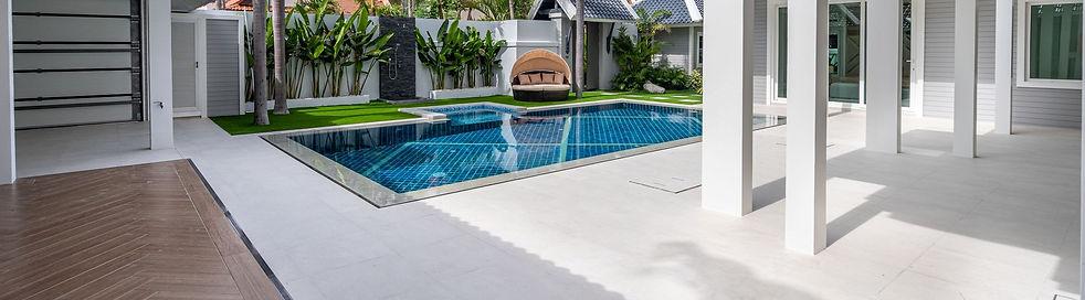 Jomtien 4 Bedroom Luxurious Pool Villa in Village (19).jpg