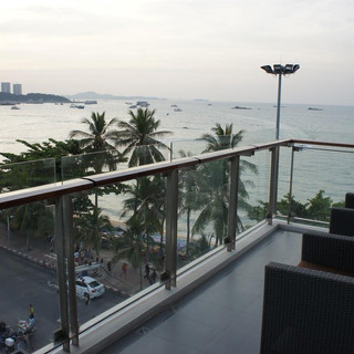109 Rooms Hotel Beach Front (21).jpg