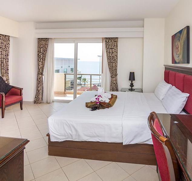 66 Rooms Beachfront Hotel (17).jpg