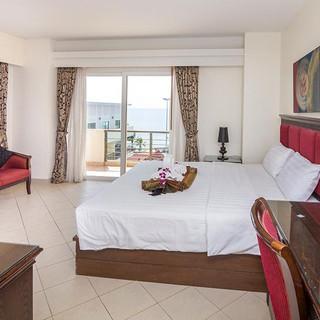 66 Rooms Beachfront Hotel (16).jpg