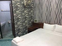 70 Rooms Hotel Rental (25).JPG