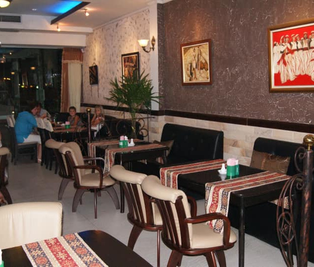 Naklua_Café_Restaurant_Take_Over_(6).jp