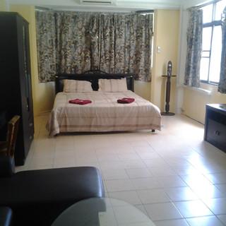 8 Rooms Guesthouse plus restaurant (3).jpg