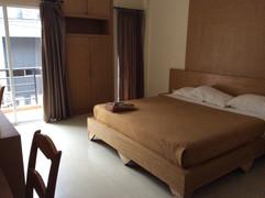 Soi Honey Massage shop Guesthouse (11).J