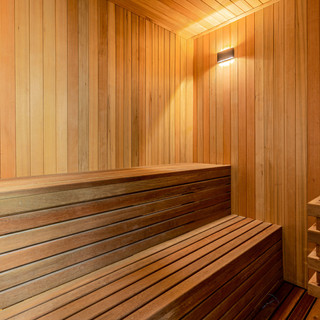 Jomtien 4 Bedroom Luxurious Pool Villa in Village (16).jpg
