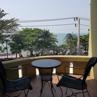 Cheapest Business Jomtien Beachfront Rental (14).jpg