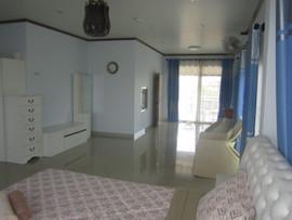5 Bedroom Pool House 172B (31).JPG
