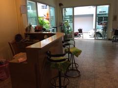 Soi Honey Massage shop Guesthouse (5).JP