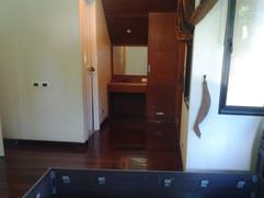 12m THB 3 Bedroom Villa North Pattaya (38).jpg