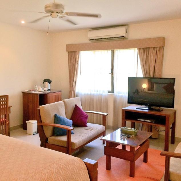 Hotel Sauna (43).jpg