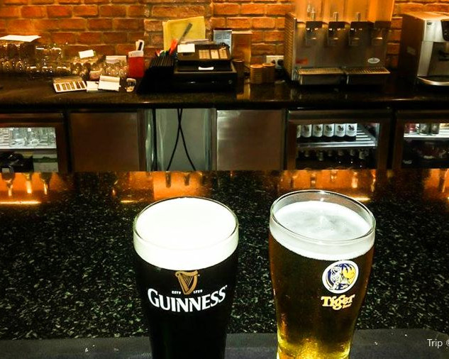 Jomtien Pub Restaurant + 6 Rooms (11).jp
