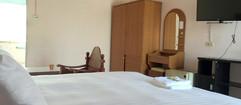 50 Rooms Resort (115).jpg