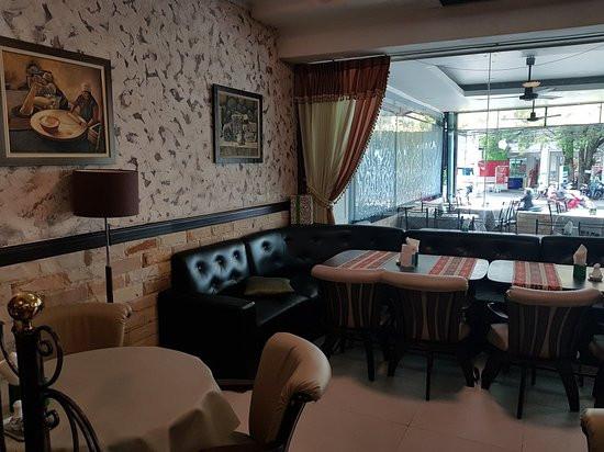 Naklua_Café_Restaurant_Take_Over_(2).jp