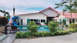 50 Rooms Resort (106).jpg