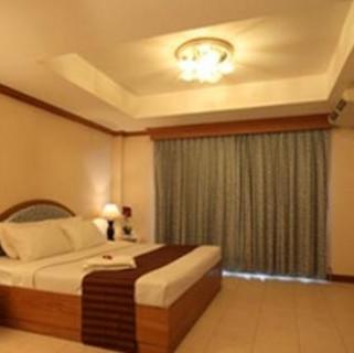 100 Rooms Jomtien (41).jpg