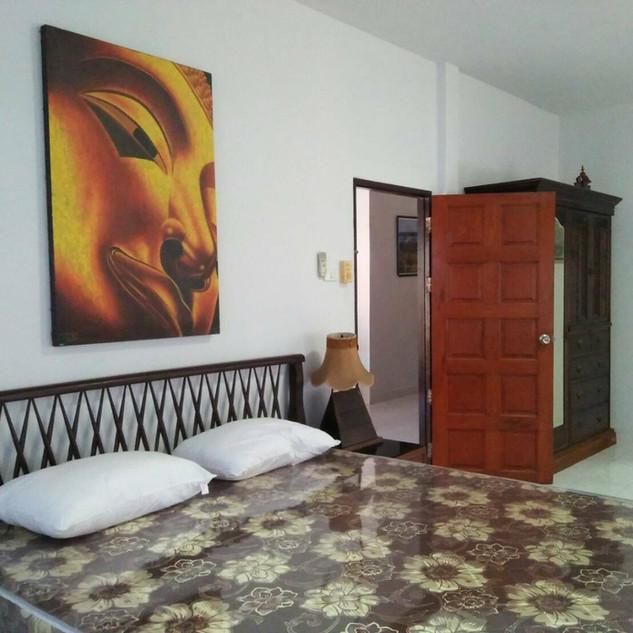 4 Bedroom Pool Villa City (7).jpg
