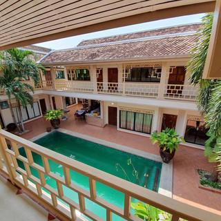 19 Room Resort (5).jpg