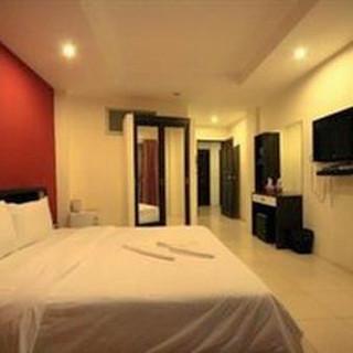 Hotel for sale Pratumnak (2).jpg